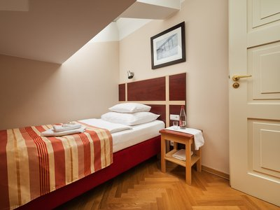 EA Hotel Juliš**** - single room barrier-free