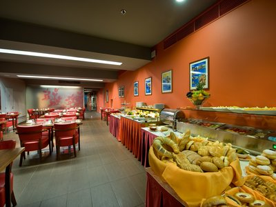 EA Hotel Julis**** - breakfast restaurant