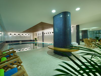 EA Hotel Julis**** - Hotel Schwimmbad